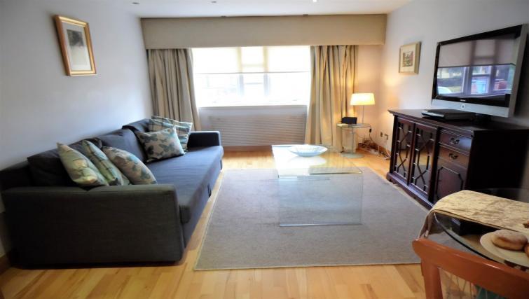 Living room at Blair Park Apartment - Citybase Apartments