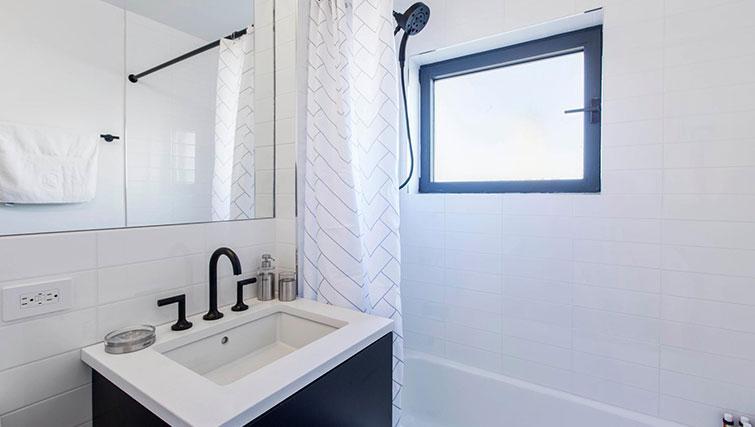 Bathroom at East Houston Street 250 - Citybase Apartments