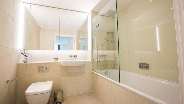 Bathroom at GIGLI Apartments Wembley - Citybase Apartments