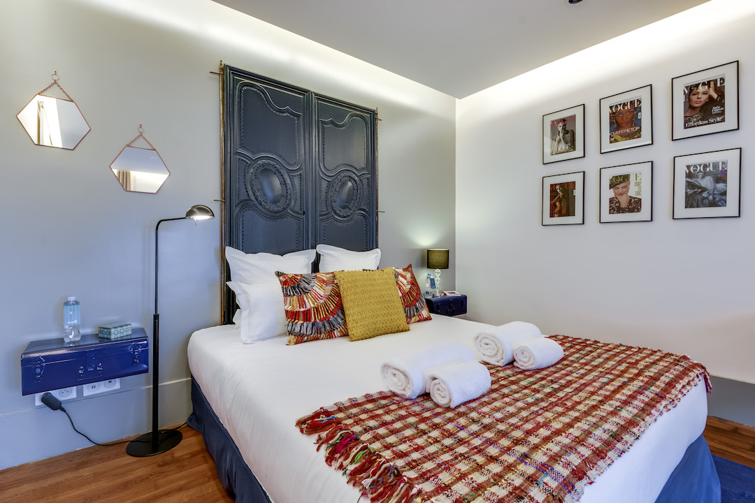 Cosy bedroom at Saint Germain Apartments - Citybase Apartments