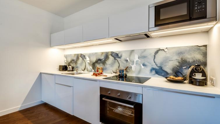Kitchen at the Ravignan Apartments - Citybase Apartments