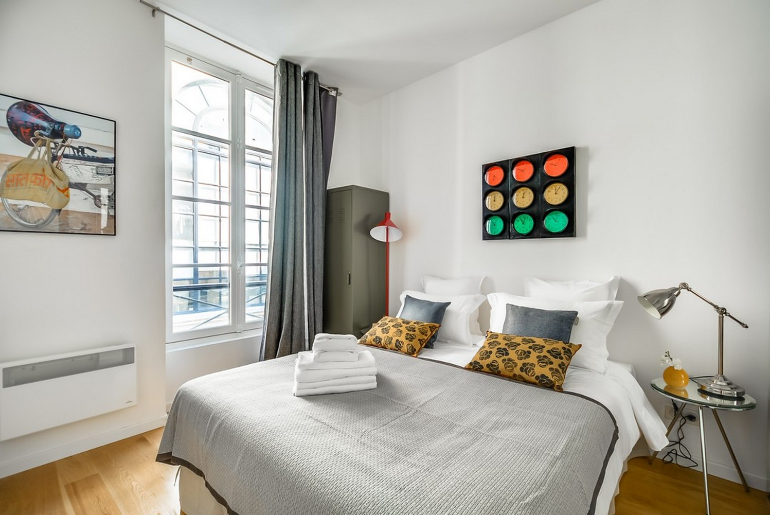 Spacious bedroom at Enghien Apartments - Citybase Apartments