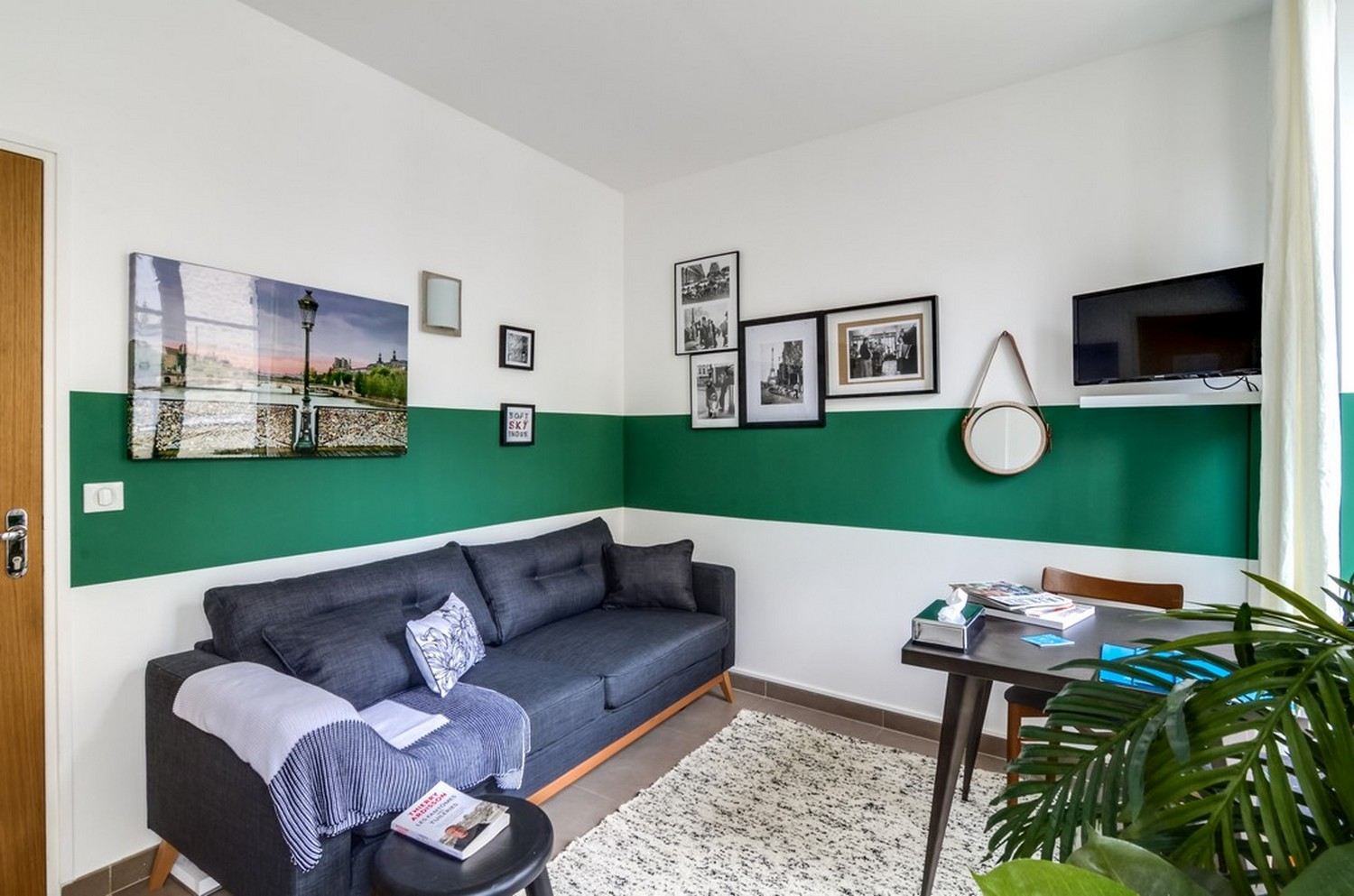 TV at Enghien Apartments - Citybase Apartments