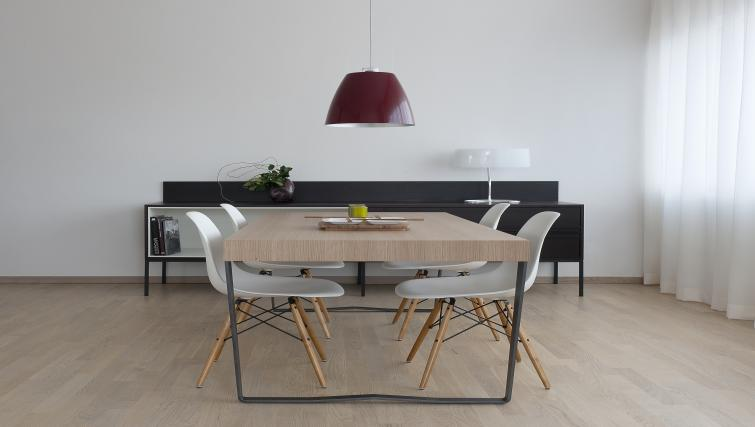 Dining table at New Orleans Apartments - Citybase Apartments