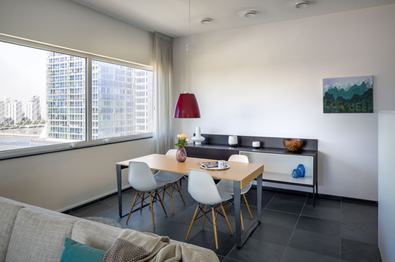 Dining area at New Orleans Apartments, Kop Van Zuid, Rotterdam - Citybase Apartments