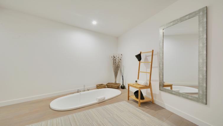 Bathroom at the Berthe Apartments - Citybase Apartments