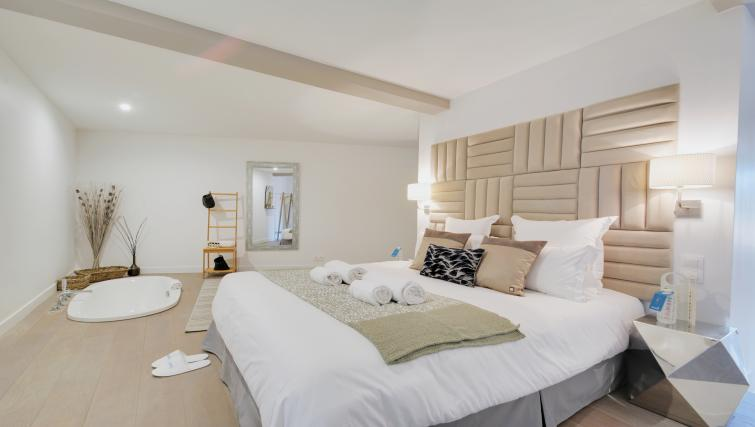 Bedroom at the Berthe Apartments - Citybase Apartments