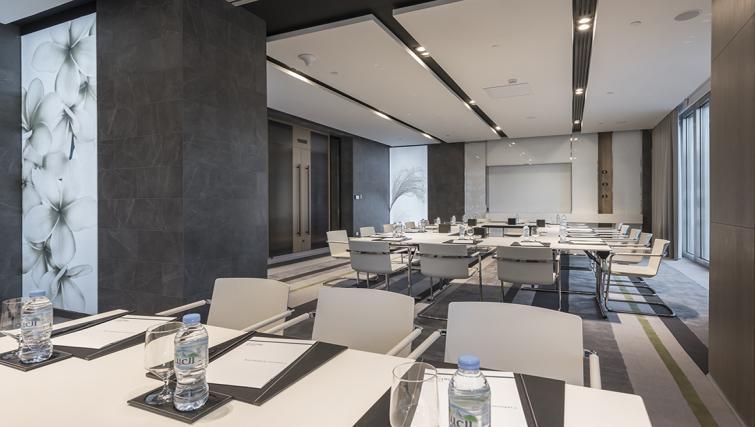 Meeting area at Al Bandar Arjaan Apartments - Citybase Apartments