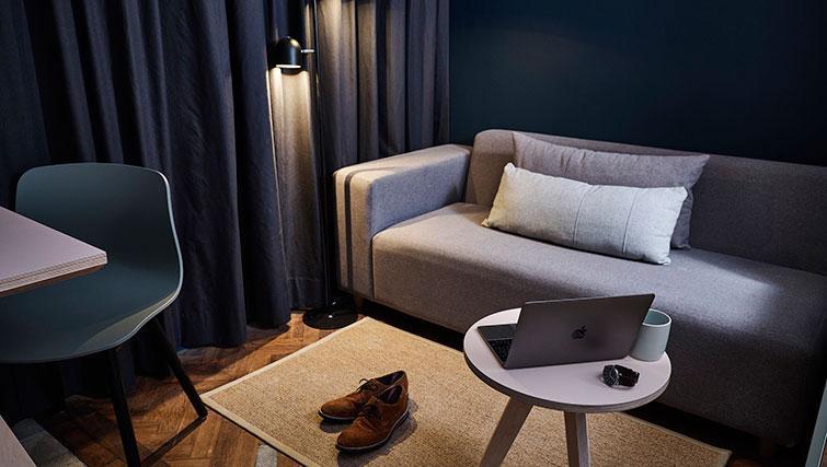 Sofa Area Night at The Flint Studios - Citybase Apartments