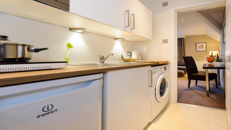 Laundry facilities at Lennox Lea Studios & Apartments - Citybase Apartments