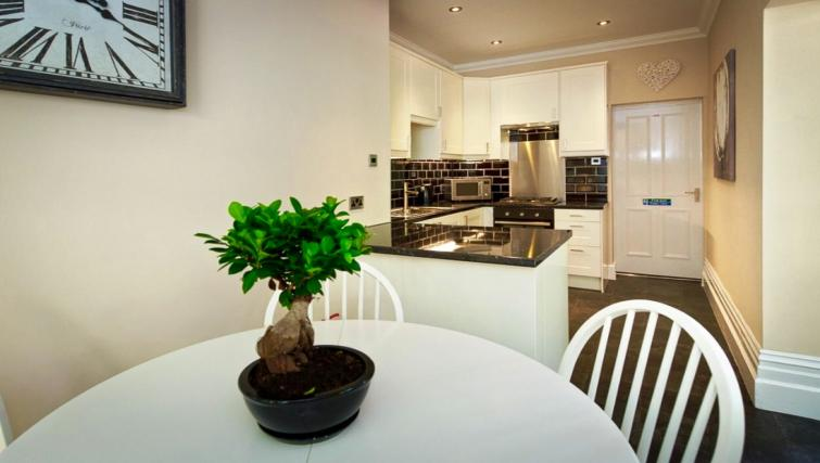 Kitchen at Lennox Lea Studios & Apartments - Citybase Apartments