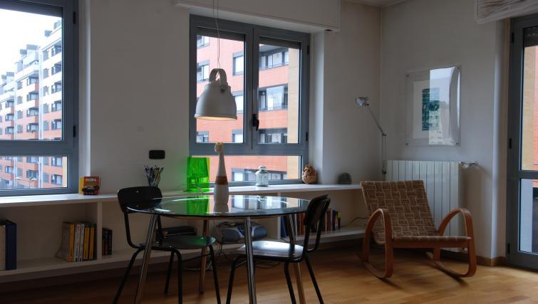 Table at the Zanella B Apartment - Citybase Apartments