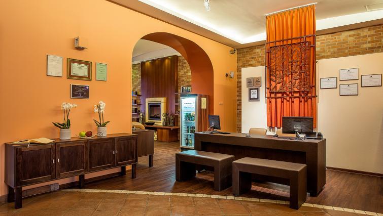 Reception at the Mamaison Residence Izabella - Citybase Apartments