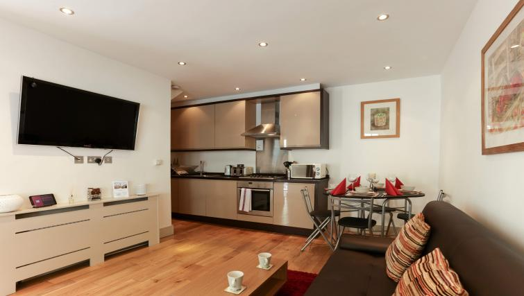 Lounge at the Belsize Park Apartments - Citybase Apartments