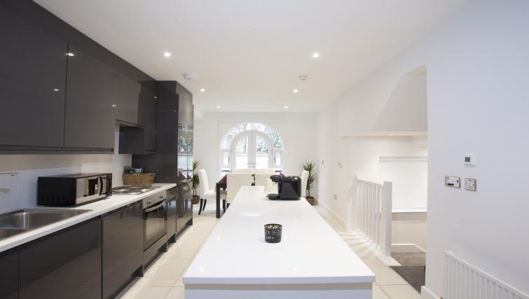 Modern kitchen at King's Cross Apartment - Citybase Apartments