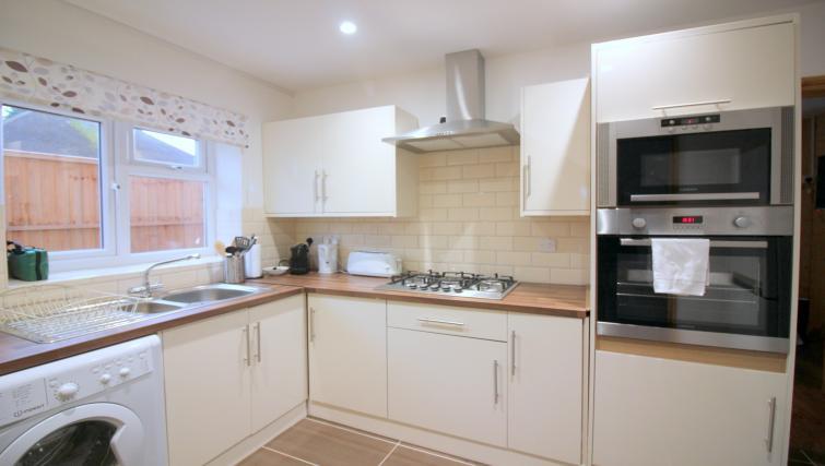 Smart kitchen at the Peymans Saint Luke's Apartments - Citybase Apartments