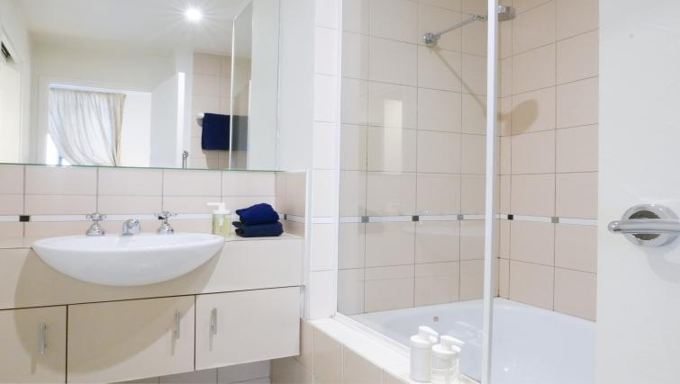 Bathroom at Honey Apartments - Citybase Apartments