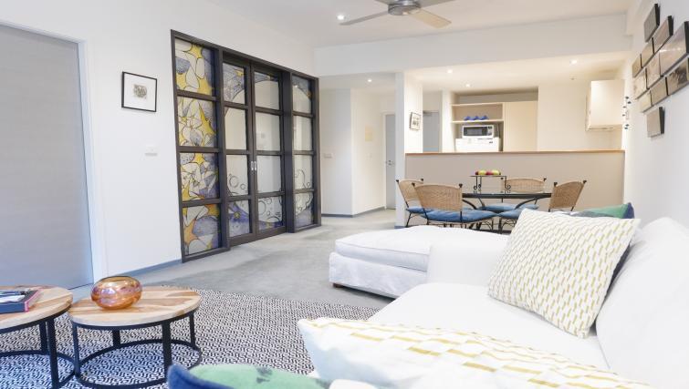 Modern room at Honey Apartments - Citybase Apartments