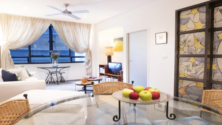 Dining room at Honey Apartments - Citybase Apartments