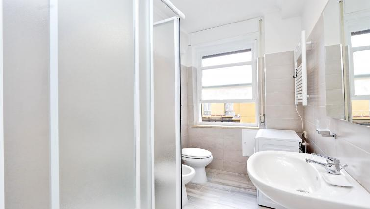 Bright bathroom at S. Sebastianello Apartment - Citybase Apartments