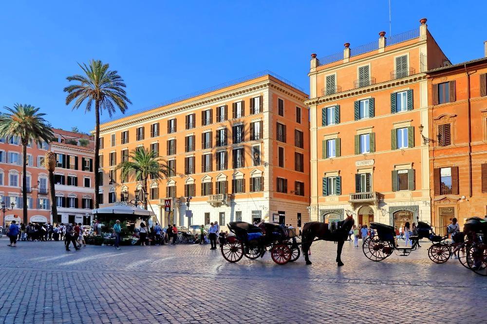Outside at S. Sebastianello Apartment, Centre, Rome - Citybase Apartments