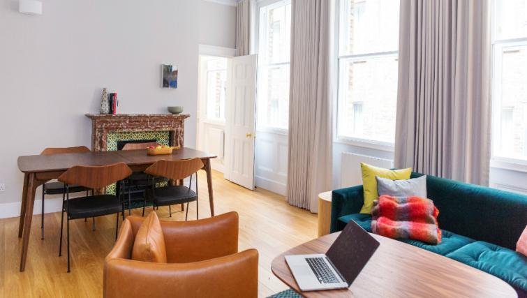 Lounge at the Native Bank Apartments - Citybase Apartments