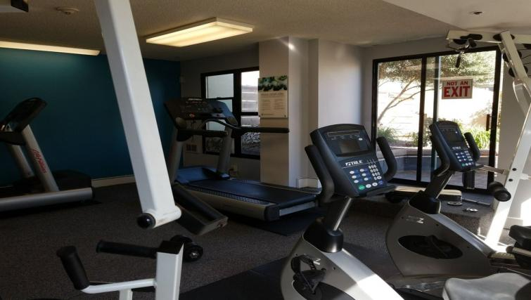 Gym at the Geary Courtyard Apartments - Citybase Apartments