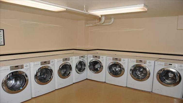 Laundry room at the Geary Courtyard Apartments - Citybase Apartments
