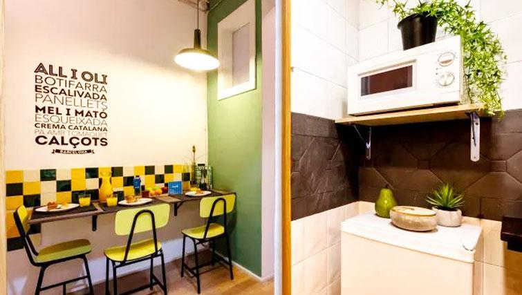 Dining area at Poblenou Beach Apartment - Citybase Apartments
