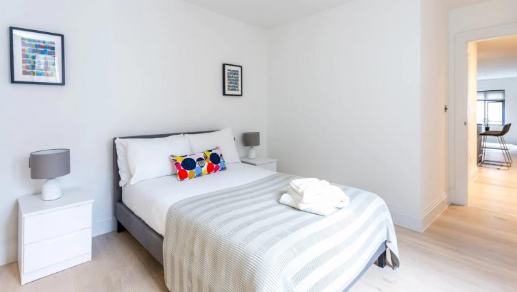 Clean bedroom atOxford Circus Apartments - Citybase Apartments