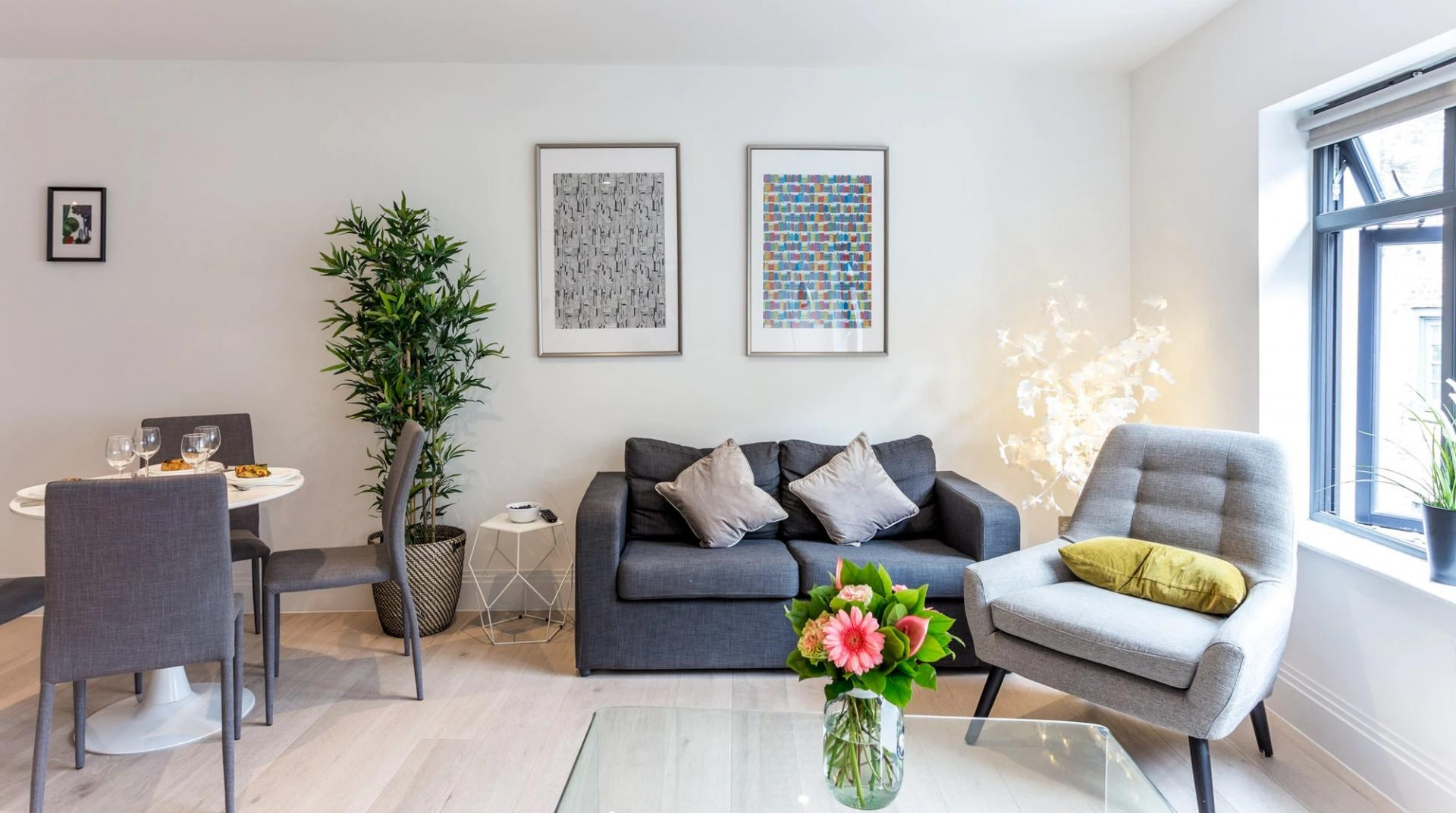 Plants at Oxford Circus Apartments, Fitzrovia, London - Citybase Apartments