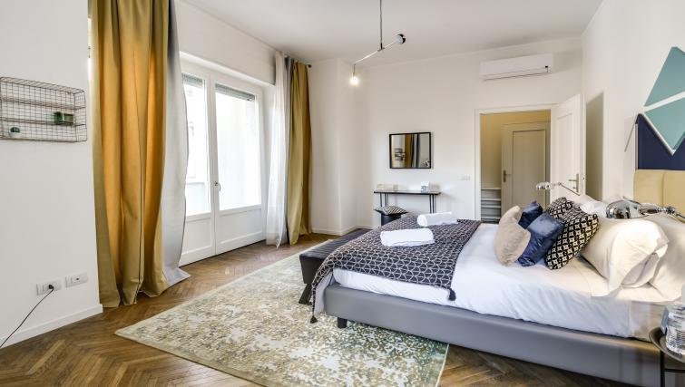 Bedroom at the Ariberto Apartment - Citybase Apartments