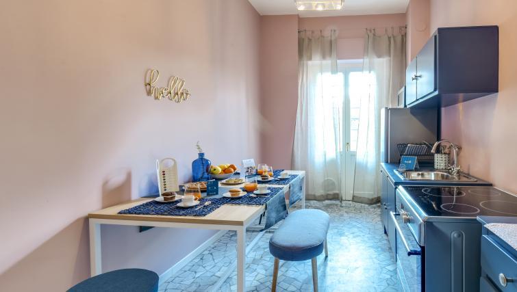 Dining area at the Ariberto Apartment - Citybase Apartments