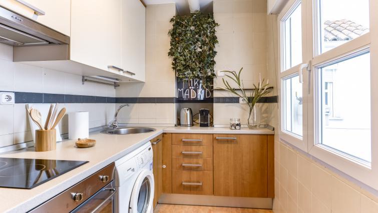 Kitchen at Desengaño Apartment - Citybase Apartments