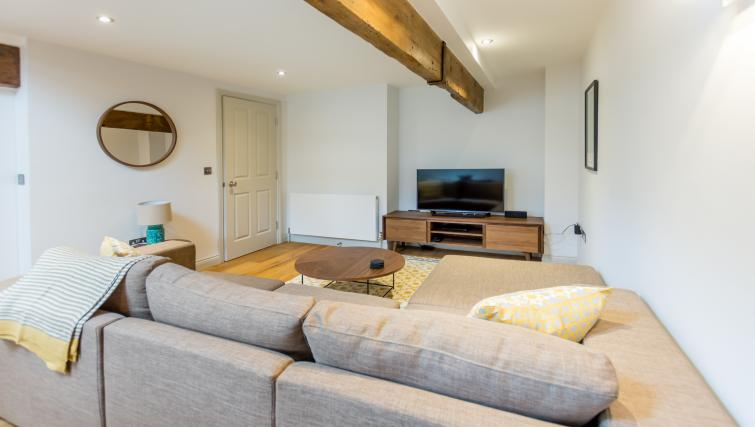 Living room at Clementhorpe Maltings Apartment - Citybase Apartments