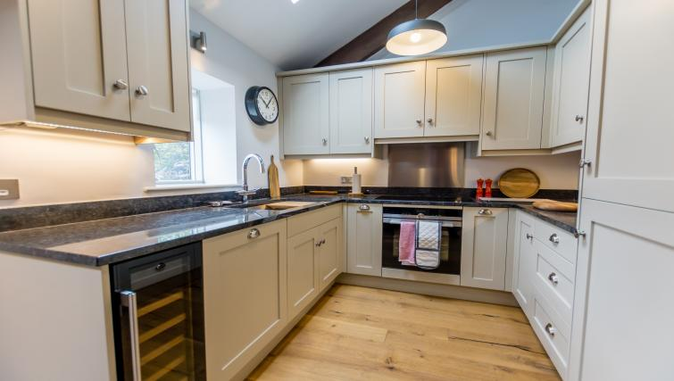 Kitchen at Clementhorpe Maltings Apartment - Citybase Apartments