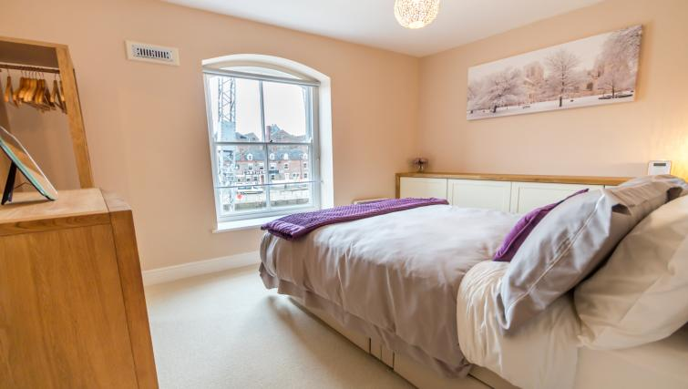 Bedroom at Woodsmill Quay Apartments - Citybase Apartments