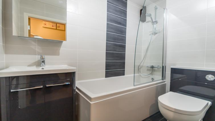 Bathroom at Woodsmill Quay Apartments - Citybase Apartments