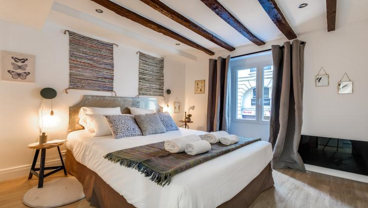 Bedroom at the Aboukir Apartments - Citybase Apartments