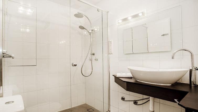 Bathroom at the Cliveden Apartments - Citybase Apartments