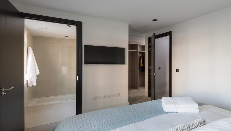 Master bedroom at the Egerton Drive House - Citybase Apartments