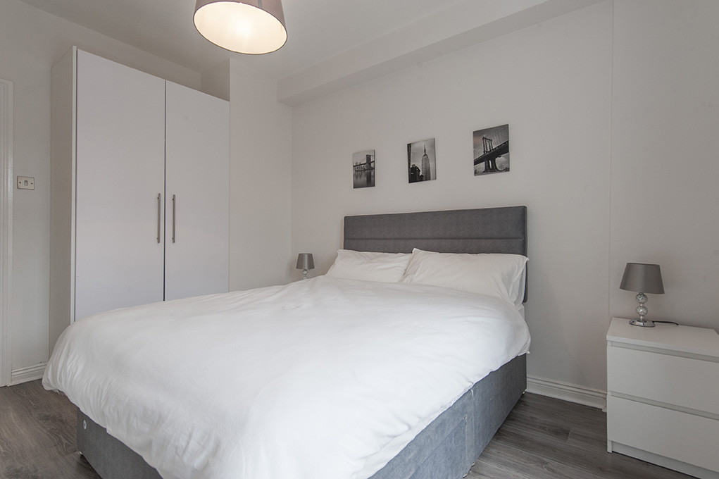 Bedroom at The Waterside Apartment - Citybase Apartments