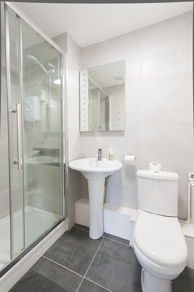 Bathroom at The Waterside Apartment - Citybase Apartments