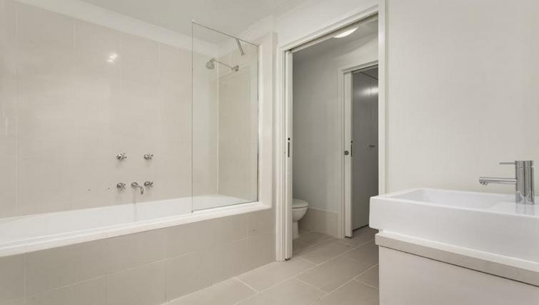 Shower at Flinders Wharf Apartments - Citybase Apartments