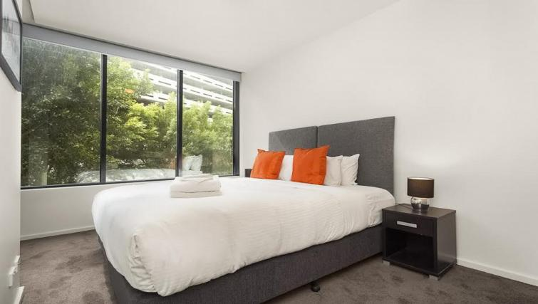 Room at Flinders Wharf Apartments - Citybase Apartments