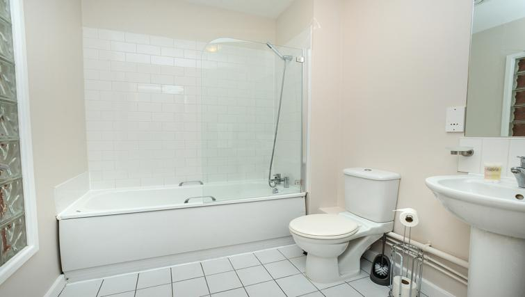 Bathroom at the Portland Square Apartment - Citybase Apartments
