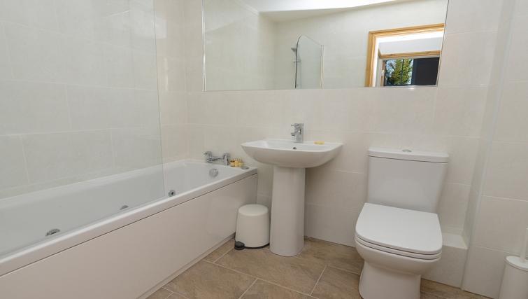 Bathroom at the Marlborough Hall Apartment - Citybase Apartments