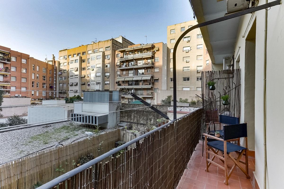 Balcony at Ausias Marc Apartment - Citybase Apartments