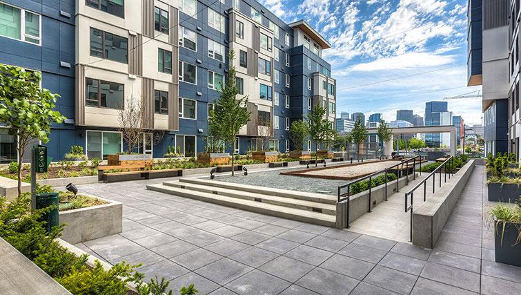 Rooftop area at Juxt Apartments - Citybase Apartments