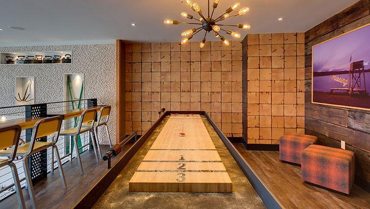 Game at Juxt Apartments - Citybase Apartments